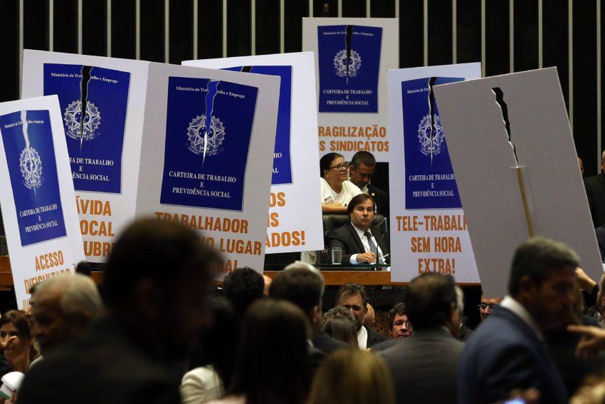 reforma_trabalhista_-_antonio_cruz_abr