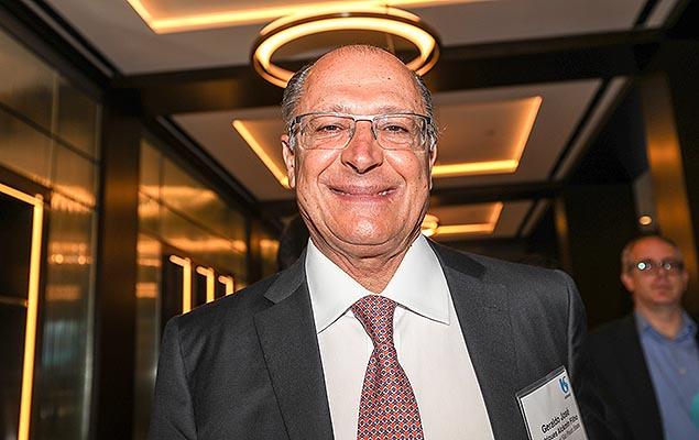O governador de São Paulo Geraldo Alckmin durante evento de celebração dos 15 anos da Sabesp