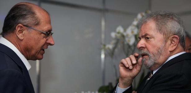 23jul2014---o-governador-geraldo-alckmin-e-o-ex-presidente-luiz-inacio-lula-da-silva-participam-de-evento-na-cidade-de-palmital-sp-1505420302448_615x300.jpg